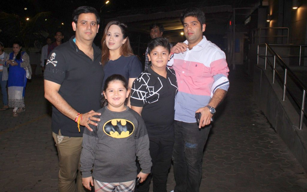 3. Ajay Kapoor with wife Ekta Kapoor and Kids