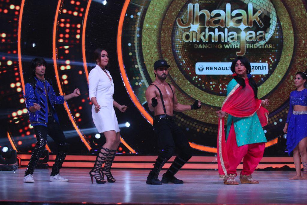 Chutki's comeback on Jhalak Dikhhla Jaa (4)